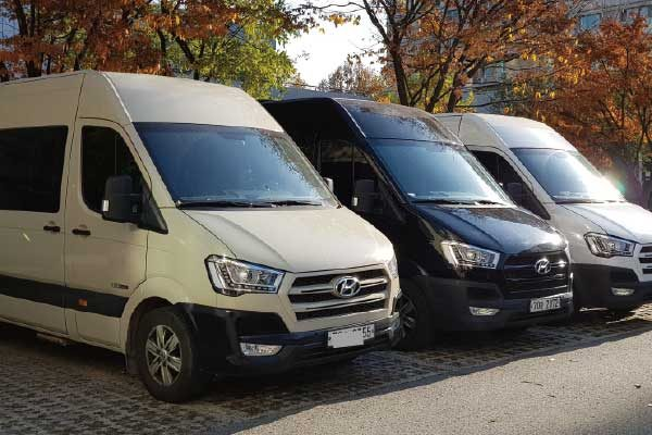 private minibus rental with driver