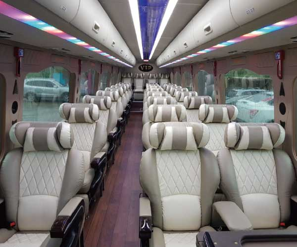 private charter bus